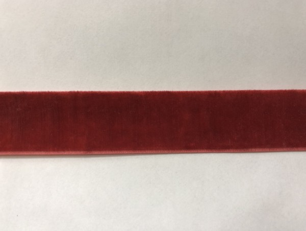 Бархатная лента 25мм цв.красный(в рул.100м)
