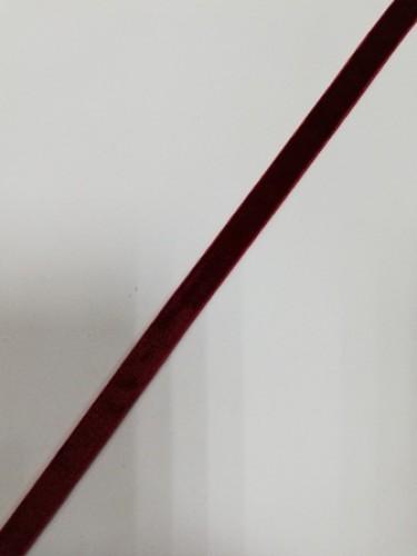 Бархатная лента 10мм цв.красный(в рул.100м)
