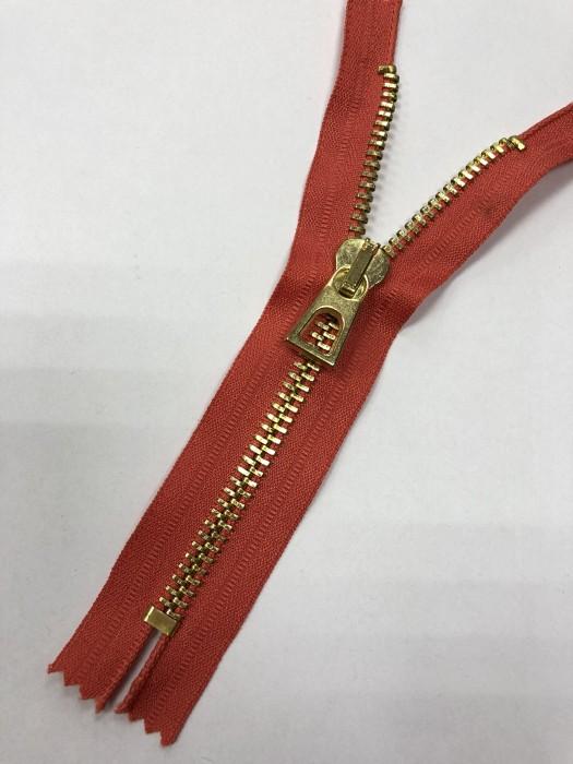 Молния металлическая Т8 декоративная 16см неразъемная золото цв.№138 кораловый(в упак.100шт)