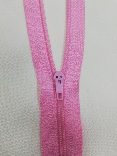 134 Молния спираль Т4 18см неразъемная цв.розовый(в упак.100шт)