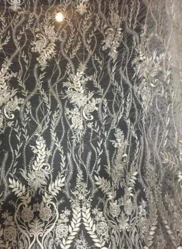Z125486-S Ткань свадебная с паетками на сетке шир.135см цв.экрю(в рул.15м)