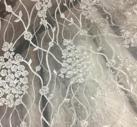 HM775 Ткань свадебная с паетками на сетке шир.135см цв.белый(в рул.14,5м)