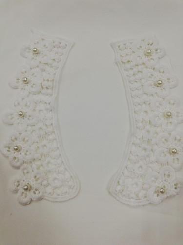 AT001 Кружевной воротник с бусинами цв.белый