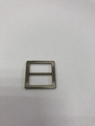 054АА Пряжка-рамка металлическая 2см цв.антик(в упак.100шт)