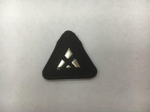 4784Y нашивка кожзам+металл 7*3см(в упак.100шт)