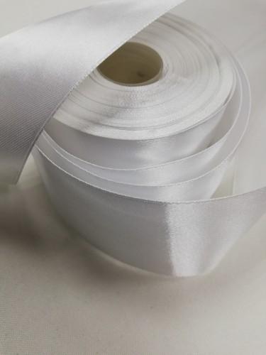 101 Атласная лента 50мм цв.белый(в рул.33м)