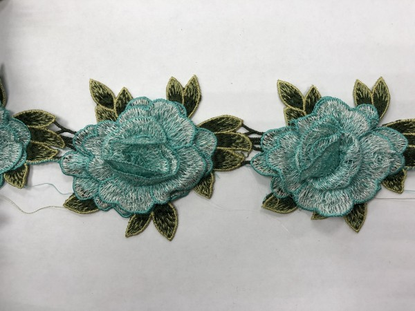 1607 Нашивка с цветами в рулоне цв.250 мята(в упак.16,5м)