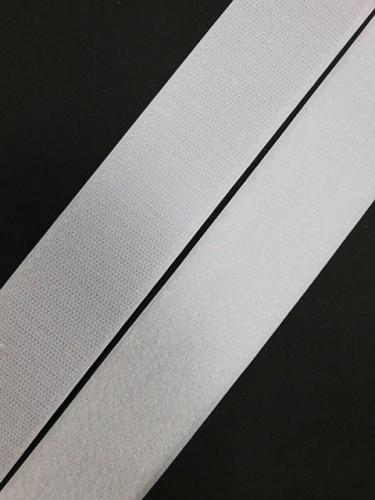 Липучка 050мм цв.белый(в рул.25м)