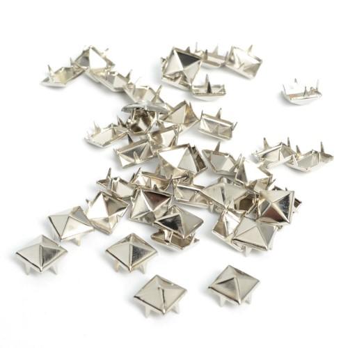 Украшения металлические на шипах квадратные 12,5мм цв.никель(в упак.1000шт)