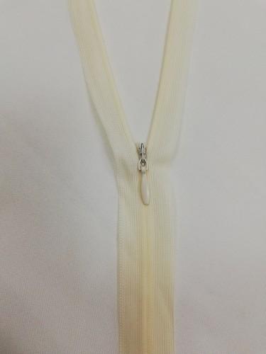 306 Молния потайная Т3 50см цв.бело-шелковый(в упак.100шт)