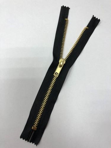 Молния джинсовая Т5 18см неразъемная золото цв.№322 черный(в упак.100шт)