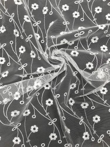 7811 Кружевное полотно на сетке шир.150см цв.белый