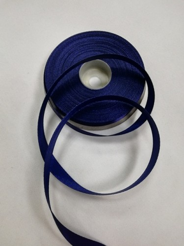 330 Атласная лента 12мм цв.т.синий(в рул.33м)