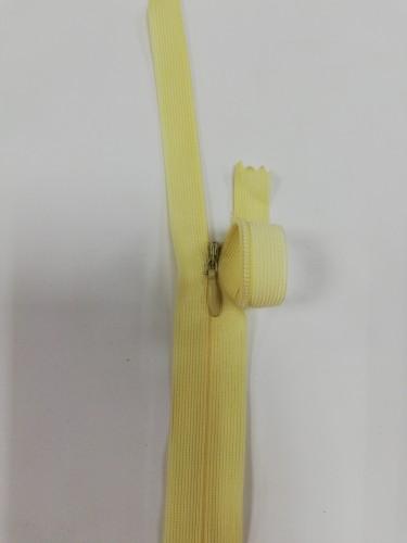 124С Молния потайная Т3 20см цв.т.молочный(в упак.100шт) Китай