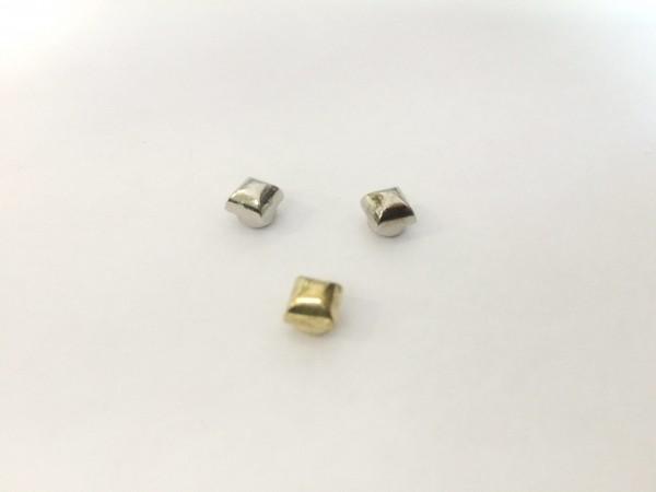11203RR Шипы металлические на гвоздике 8*8мм цв.золото