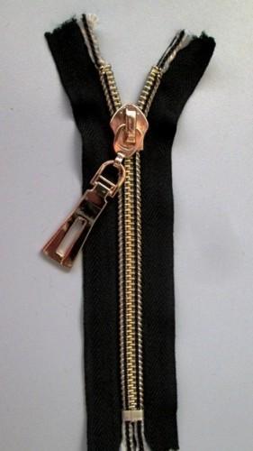 Молния спираль Т10 декоративная 16см неразъемная золото цв.№322 черный(в упак.50шт)