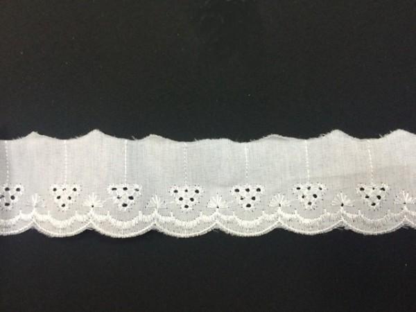 137LF Шитье шир.4см цв.белый(в упак.13,9м)
