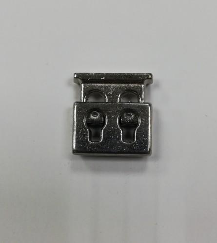 6 Фиксатор металлический декоративный двухдыроччный цв.никель(в упак.1000шт)