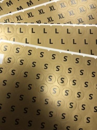 5XL Размерники на самоклеящейся бумаге цв.желтый(в листе 84шт)