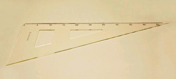 Лекало №7 треугольник пластиковое 50см цв.прозрачный