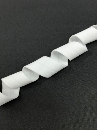 0450KTP Бельевая резинка окантовочная блестящая 20мм цв.белый(в рул.100м)